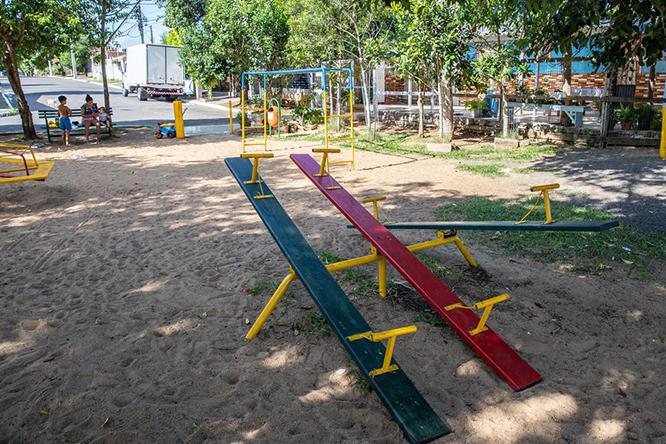 Desde a última semana, praças e parques estão fechados para circulação aos domingos e feriados — Foto: Vinicius Thormann