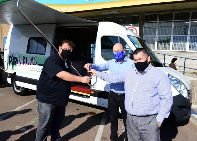 Veículo foi adquirido pelo valor aproximado de R$ 140 mil do Fundo Municipal de Defesa do Consumidor da Secretaria de Assistência Social, Cidadania e Habitação — Foto: Fernando Planella
