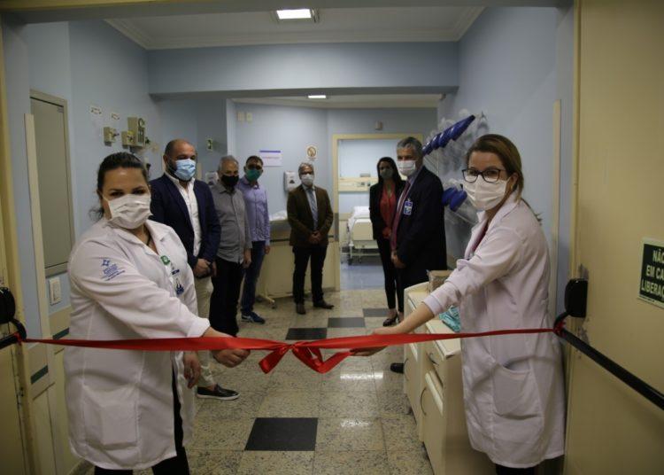 Novos leitos instalados no HDJB estão localizados em uma área isolada no primeiro andar da estrutura hospitalar — Fotos: Paloma Vargas/PMG