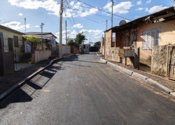 Rua B, no triângulo da Vitória, bairro Guajuviras — Foto: Gustavo Garbino/PMC