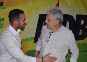 Alan Vieira, ao lado de seu padrinho político, Marco Alba