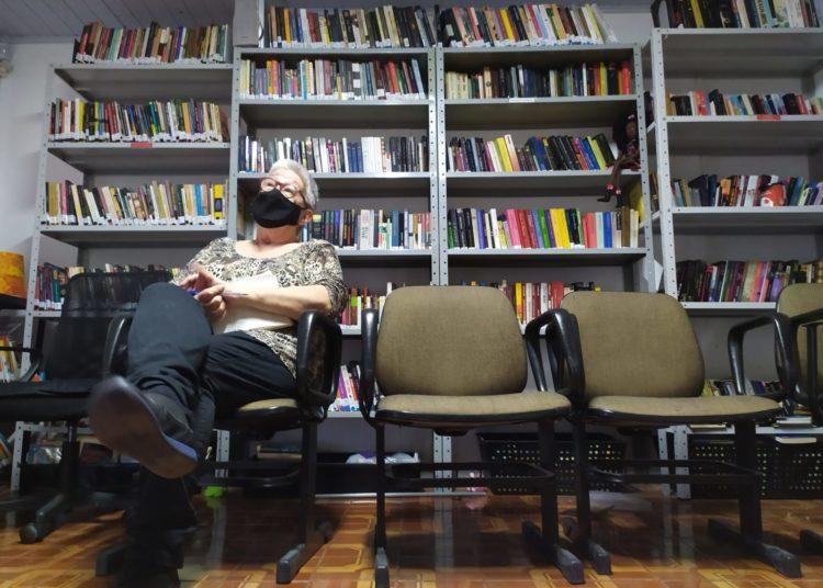 Jornalista e produtora cultural Sônia Zanchetta, do Instituto Cultural e Social Ágora — Foto: Kethleen Fontoura/Vale Notícia